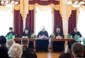В Курской Коренной пустыни прошло расширенное заседание Архиерейского совета Курской митрополии