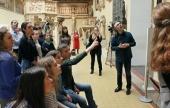 Синодальный отдел по делам молодежи и Центр по работе со слабослышащими «Десница» провели в ГМИИ им. А.С. Пушкина экскурсию на жестовом языке
