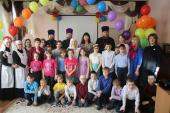 Златоустовская епархия передала в дар детскому реабилитационному центру мультимедийное оборудование