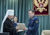 Подписано трехстороннее соглашение о взаимодействии Кузбасской митрополии, ГУФСИН и Духовного управления мусульман Кемеровской области