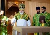 В Неделю Крестопоклонную митрополит Минский Павел освятил храм преподобного Паисия Святогорца в Слуцке
