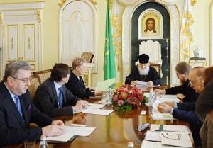 Святейший Патриарх Кирилл провел совещание по развитию Общества русской словесности