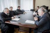 Глава Кузбасской митрополии встретился с краеведами и литераторами региона