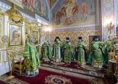 В праздник Входа Господня в Иерусалим глава Казахстанского митрополичьего округа совершил Литургию в Софийском соборе Алма-Аты
