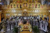 Глава Митрополичьего округа в Республике Казахстан совершил Литургию Преждеосвященных Даров с участием всех монашествующих Алма-Атинской епархии