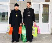 В Златоустовской епархии продолжают оказывать духовную и материальную поддержку всем пострадавшим при пожаре в храме поселка Межевой