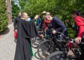 Блаженнейший митрополит Онуфрий благословил велопробег от Киево-Печерской до Почаевской лавры