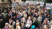 Тысячи верующих приняли участие в молитвенном стоянии у здания областной администрации в Черновцах