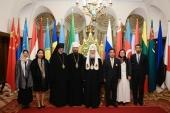 Святейший Патриарх Кирилл встретился с делегацией Королевства Таиланд