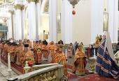 Глава Санкт-Петербургской митрополии совершил Литургию в день 10-летия хиротонии наместника Александро-Невской лавры епископа Кронштадтского Назария