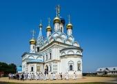 Святейший Патриарх Кирилл освятил московский храм в честь иконы Божией Матери «Неувядаемый Цвет» в поселке Рублево