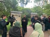 В Екатеринбурге на месте снесенного исторического собора проходит выставка «Храм в сердце и памяти. История Екатерининской горной церкви»