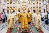 Патриарший экзарх всея Беларуси возглавил престольные торжества храма-памятника в честь Всех святых в Минске