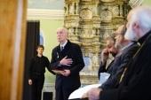 Председатель Учебного комитета вручил медаль Трех святителей заслуженному профессору МДА К.Е. Скурату