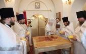Патриарший наместник Московской епархии совершил великое освящение Никольского храма подмосковного села Никулино