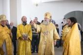 Митрополит Ханты-Мансийский Павел освятил Петропавловский храм в деревне Ярки Ханты-Мансийского района