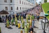 Блаженнейший митрополит Онуфрий возглавил праздничные богослужения в день памяти преподобного Антония Печерского