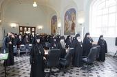 В Санкт-Петербурге завершился первый день работы круглого стола «Богослужение и молитва как средоточие жизни монашеского братства»