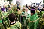 Святейший Патриарх Кирилл совершил чин великого освящения Успенского собора Саровской пустыни
