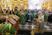 В канун дня памяти прпп. Зосимы, Савватия и Германа Соловецких Святейший Патриарх Кирилл совершил всенощное бдение в Соловецком монастыре