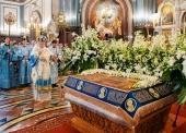В канун праздника Успения Богородицы Святейший Патриарх Кирилл совершил всенощное бдение в Храме Христа Спасителя