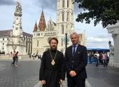 Состоялась встреча митрополита Волоколамского Илариона с госсекретарем Венгрии по делам религий, национальных меньшинств и гражданских взаимоотношений М. Шолтесом