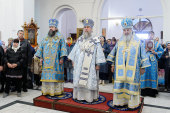 В день памяти новомучеников и исповедников Казахстанских митрополит Астанайский Александр совершил Литургию в главном храме Павлодарской епархии