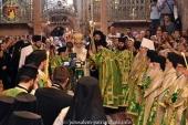 Иерархи Украинской Православной Церкви сослужили Патриарху Иерусалимскому Феофилу III в праздник Воздвижения Креста Господня