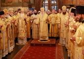 В день памяти святителей Киприана и Фотия Патриарший наместник Московской епархии возглавил Литургию в Успенском соборе Московского Кремля