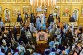 Чудотворная Курская-Коренная икона Божией Матери принесена в пределы Казахстанского митрополичьего округа