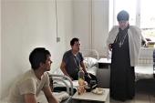 Церковь оказывает помощь пострадавшим при прорыве дамбы в Красноярском крае