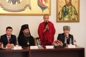 В новой передаче на «Радио Калмыкии» будут принимать участие представители православной, буддийской и мусульманской общин