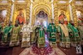 Блаженнейший митрополит Киевский Онуфрий возглавил годичный акт Киевских духовных школ