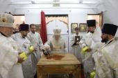 Патриарший наместник Московской епархии освятил Троицкий храм в подмосковном селе Заворово