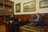 Președintele Departamentului pentru relațiile externe bisericești s-a întîlnit cu nou numitul ambasador al Rusiei în Marea Britanie