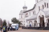 Новый «Автобус милосердия» для бездомных людей освящен в Санкт-Петербурге