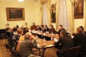 В Издательском Совете состоялись встреча с писателями-фантастами и конференция «Церковь и образ будущего России в литературе»