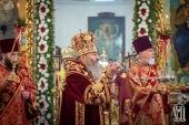 В Неделю 25-ю по Пятидесятнице Блаженнейший митрополит Киевский Онуфрий совершил Литургию в Николаевском кафедральном соборе Нежина