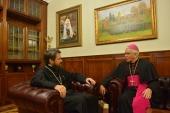 Председатель ОВЦС встретился с архиепископом Микеле Пеннизи