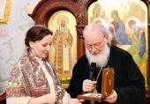 Святейший Патриарх Кирилл поздравил уполномоченного при Президенте РФ по правам ребенка А.Ю. Кузнецову с днем рождения