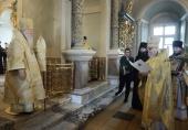 В день 60-летия иерейской хиротонии митрополит Крутицкий Ювеналий совершил Божественную литургию в Новодевичьем монастыре г. Москвы