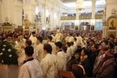 В праздник Рождества Христова глава Среднеазиатского митрополичьего округа возглавил Литургию в Успенском кафедральном соборе Ташкента