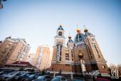 В праздник Собора Пресвятой Богородицы Предстоятель Украинской Православной Церкви совершил Литургию в киевском храме Рождества Христова на Оболони