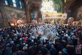 В праздник Богоявления Блаженнейший митрополит Киевский Онуфрий совершил Литургию в Киево-Печерской лавре и освятил воды Днепра