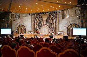 Святейший Патриарх Кирилл возглавил работу пленума Межсоборного присутствия Русской Православной Церкви
