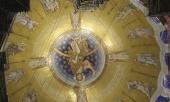 Митрополит Волоколамский Иларион ознакомился с ходом работ по благоукрашению собора святителя Саввы в Белграде
