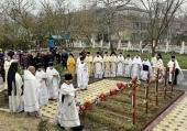 Во вторую годовщину трагедии в Георгиевском соборе Кизляра молитвенно почтили память жертв нападения на храм