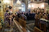 В субботу первой седмицы Великого поста Святейший Патриарх Кирилл совершил Литургию в Покровском ставропигиальном монастыре в Москве