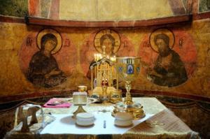 Святейшим Патриархом утверждена инструкция в связи с угрозой распространения коронавирусной инфекции