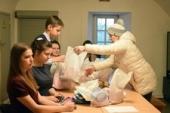 Православные добровольцы Новгородской епархии помогут с доставкой продуктов и лекарств пожилым и одиноким людям